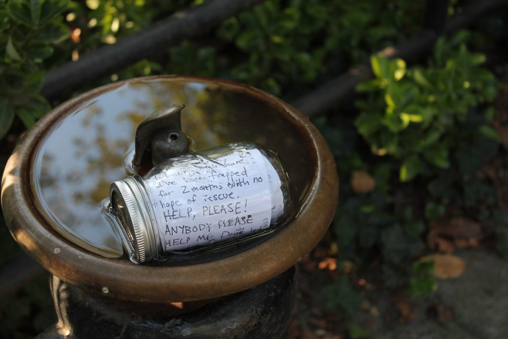 message in a bottle jar