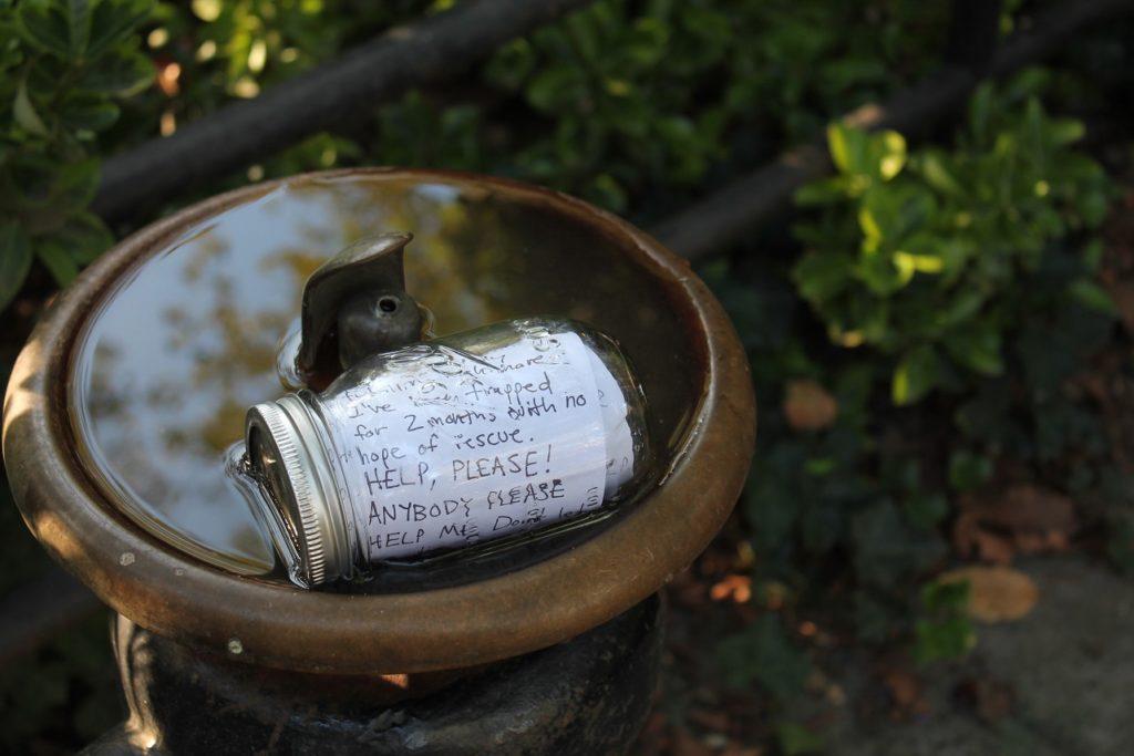 message in a bottle jar
